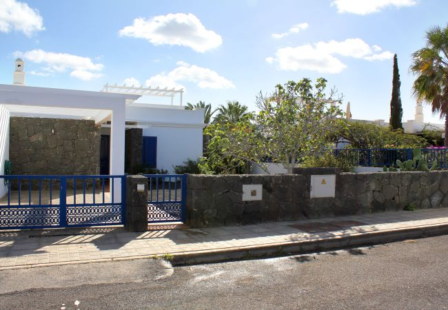 Villa in Playa Blanca - Ref. 182524