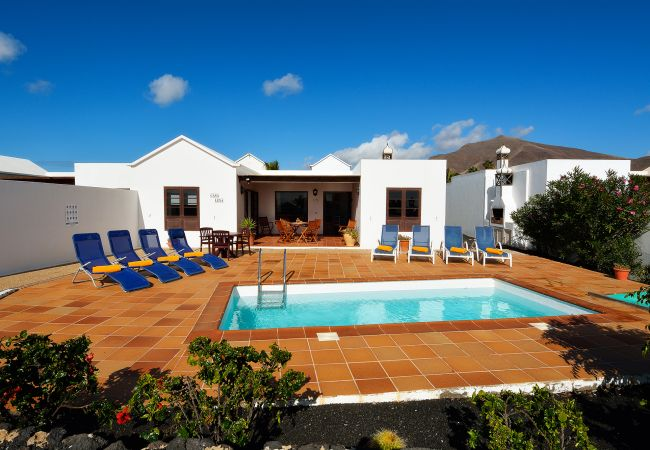 Villa in Playa Blanca - Ref. 185404