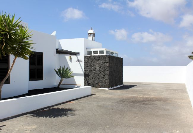 Villa in Playa Blanca - Ref. 189730