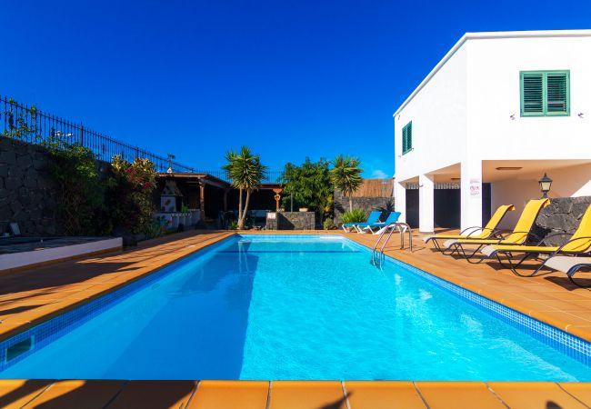 Villa in Playa Blanca - Ref. 237448